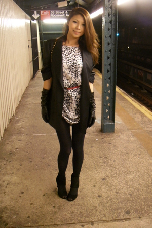 Alexander Wang blazer - Forever 21 shoes - Target tights - Chanel lambskin 255 p