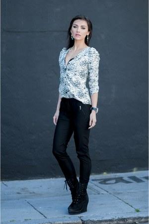 Parker Pants - Bowery Track pants - H&M top