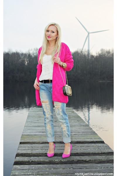 Hot Pink Sweaters, Sky Blue Jeans, Black Bags, Bubble Gum Pumps ...
