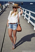 sky blue GINA TRICOT shorts - white blouse
