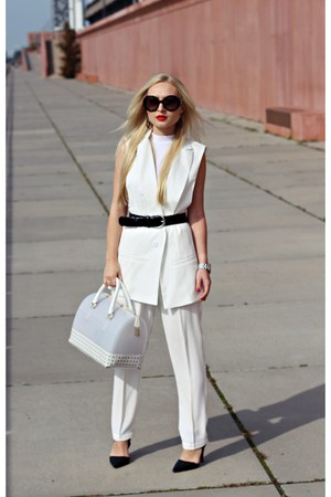 white bag - black shoes - black Prada sunglasses - black Hugo Boss belt