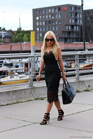 black shoes - black dress - black Prada bag - black sunglasses