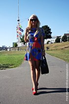blue SH dress - black batycki bag - black sunglasses - bronze necklace