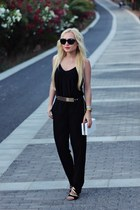 black shoes - white bag - gold belt - gold watch - black top - black pants