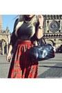 Red-skirt-black-boots-black-h-m-diy-sweater-black-bag-gold-necklace