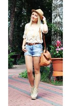 cream blouse - sky blue GINA TRICOT shorts