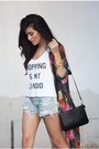 White-furor-moda-top-camel-h-m-boots-denim-torn-levis-shorts