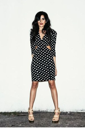black polka dot Love dress - tan Shoedazzle heels