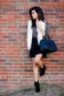 Eggshell-faux-fur-vest-forever21-vest-black-suede-booties-forever21-boots