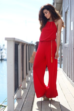 red halter Body Central jumper
