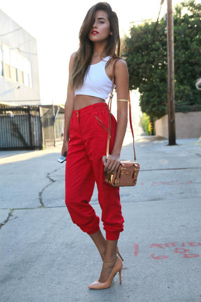 red top white pants
