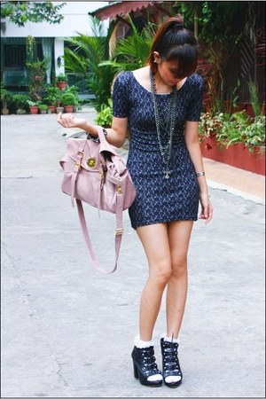 black Nicoles boots - dark gray vintage dress - light pink bag