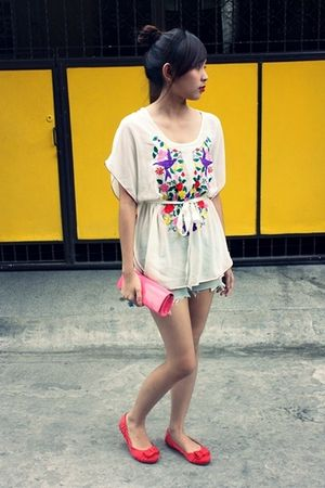 white mags blouse - blue DIY ripped shorts - pink Landmark clutch - red YRYS sho