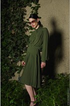 green silk vintage dress - vintage sandals - Accessorize necklace