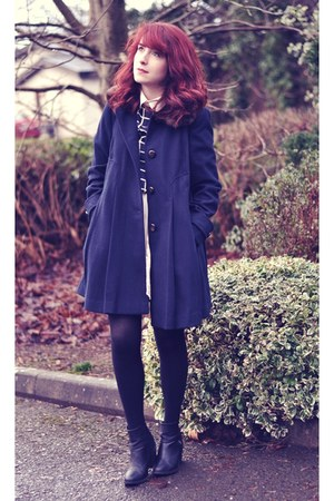 black ankle boots H&M boots - navy wool red herring coat