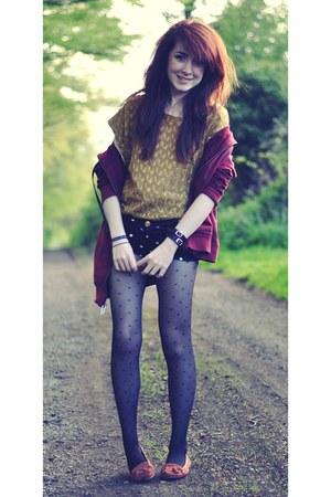 black Zara shorts - gold Forever 21 top - maroon Vans hoodie