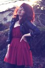 Black-suede-primark-boots-maroon-tulle-chicwish-dress