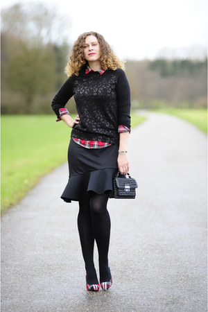 ruby red tartan Mango blouse - black boucle Mango bag - black ruffles asos skirt