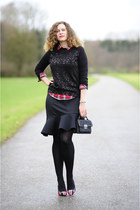 ruby red tartan Mango blouse - black boucle Mango bag - black ruffles asos skirt