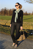 navy skinny H&M jeans - navy Esprit sweater - beige ChiChiFan bag