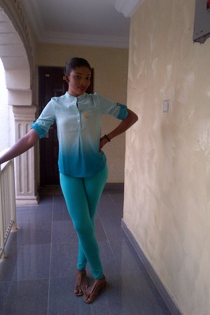 aquamarine Max leggings - aquamarine Max blouse