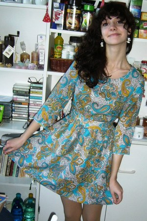 turquoise blue little blue and yellow dress