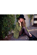 army green Heart Clothing Bo jacket - black Marshalls hat
