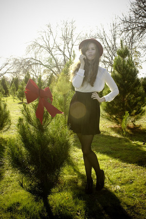 black Pins & Needles dress - burnt orange threadsence hat