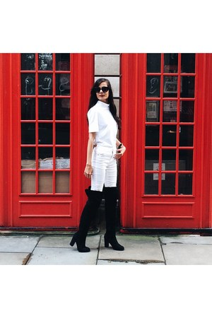 black knee-high boots Solewish boots - white skinny jeans Bershka jeans