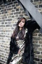 gold sequin Dorothy Perkins dress - black fur Dorothy Perkins jacket