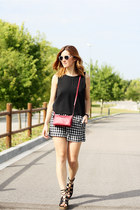 Mango top - Stradivarius shoes - Massimo Dutti bag - Mango shorts