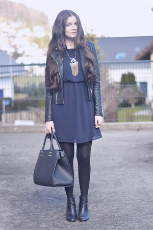 black new look boots - navy Primark dress - black new look jacket