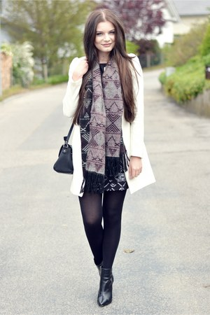 white H&M coat - black H&M boots - black H&M dress - black brandy melville scarf