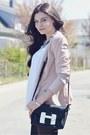 Light-pink-vero-moda-blazer-black-aldo-bag-white-primark-top