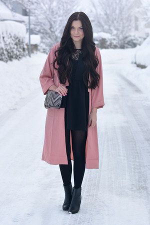 black La halle boots - black H&M dress - bubble gum Missguided coat