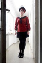 ruby red Vila shirt - black gifted skirt
