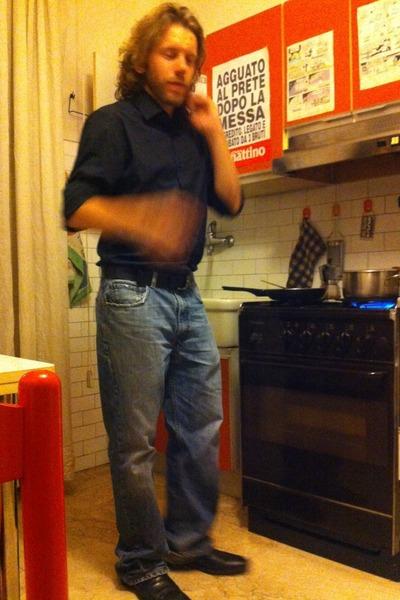 shoes - jeans - shirt - belt