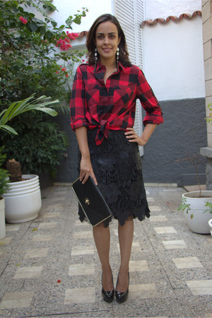 red checkered Express shirt - black leather bag - black leather skirt Zara skirt