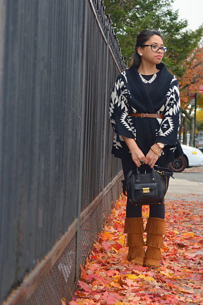 Black Sheinsidecom Sweaters, Camel Fringe Minnetonka Boots ...