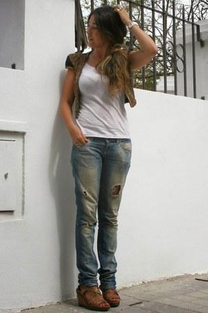 Zara vest - Masquerade t-shirt