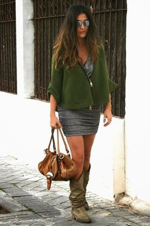 Bershka boots - Personal Showroom dress - Tres siete sweater