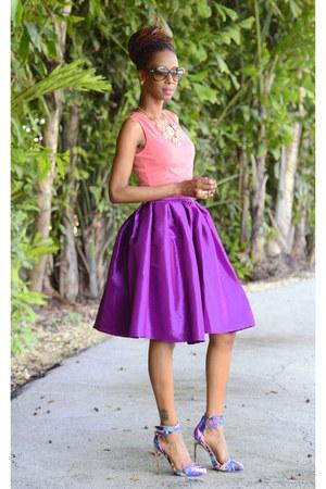 magenta flare Chicwish skirt - heels Privileged shoes - salmon peplum top