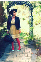coral rhubarb TJ Maxx tights - aquamarine heels Urban Outfitters shoes