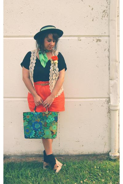 cream crochet TJ Maxx vest - black vintage hat
