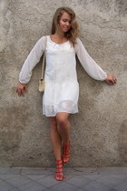white Zara dress - red Stradivarius sandals