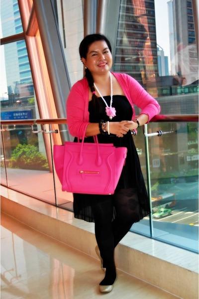gucci belt bag real vs fake - black-patterned-h-m-tights-hot-pink-microluggage-celine-bag_400.jpg