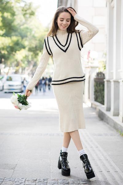 black shalex boots - beige shalex dress