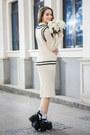 Black-shalex-boots-beige-shalex-dress