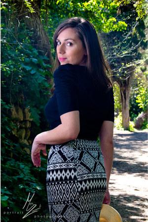 H&M skirt - beige flip hat unbranded hat - black top Zara top