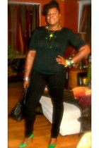 DIY Jewelry accessories - black skinnies Wet Seal jeans - black Mossimo shirt
